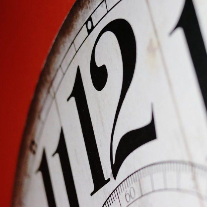 clock-2389384